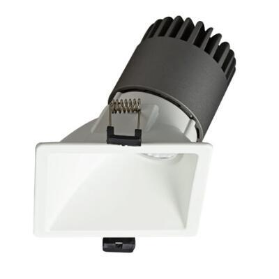 Spot Light DL9015 R9 Featured Image