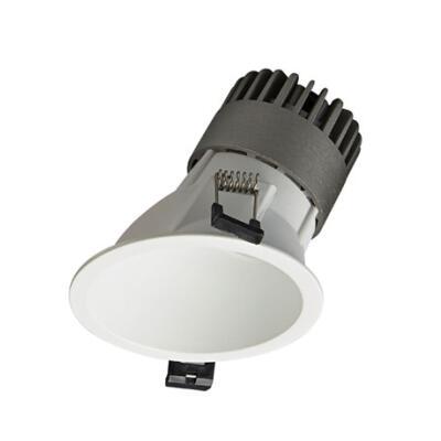 Spot Light DL9010 R10 Featured Image